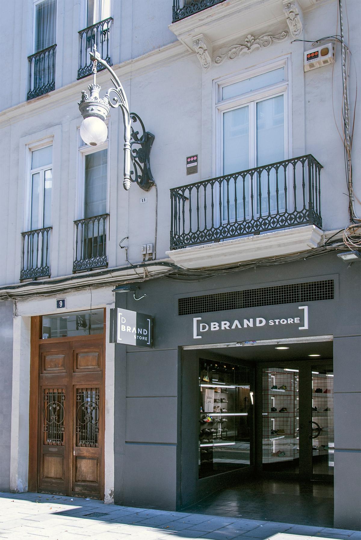 branding-interiorismo-diseno-grafico-dbrand-store-03