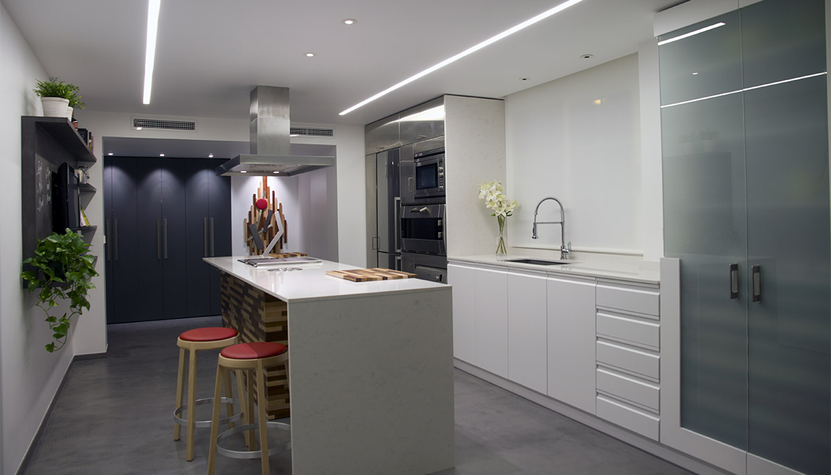 Dise o de interiores cocina mediterr nea nihil estudio for Habitat decoracion