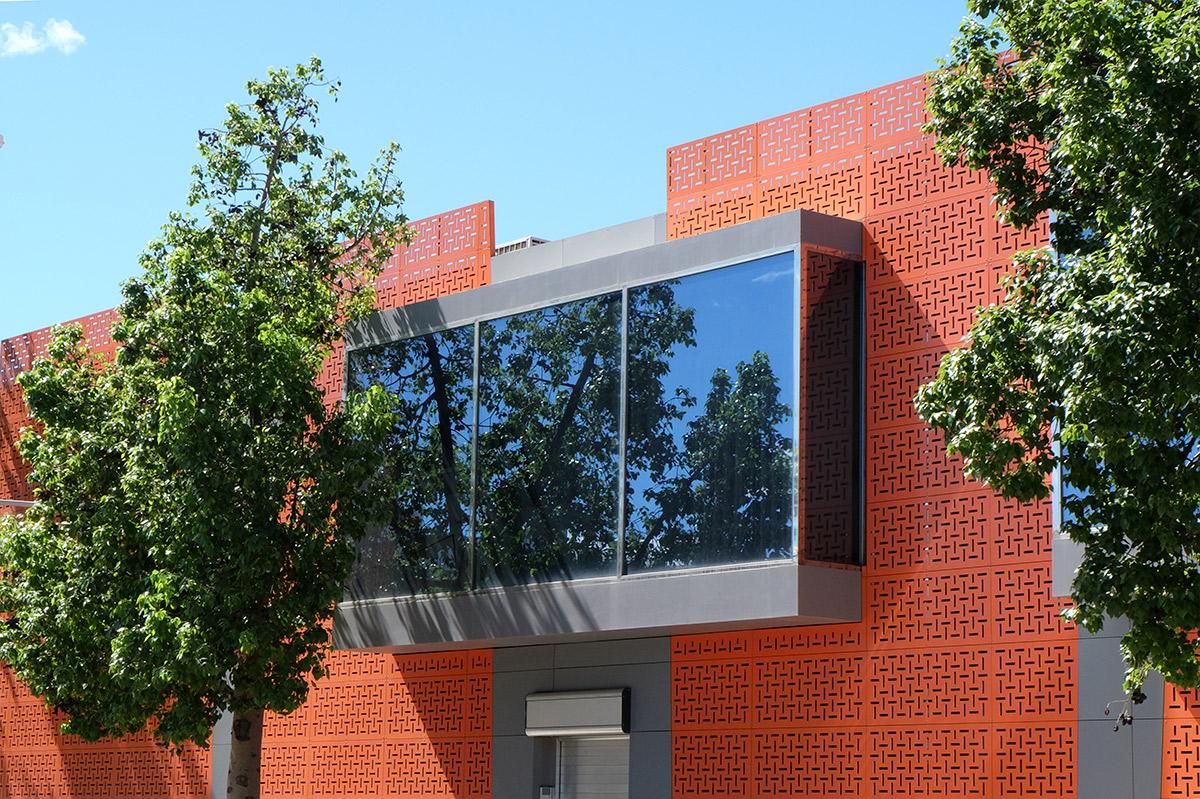 diseno-interiores-fachada-innergy-4