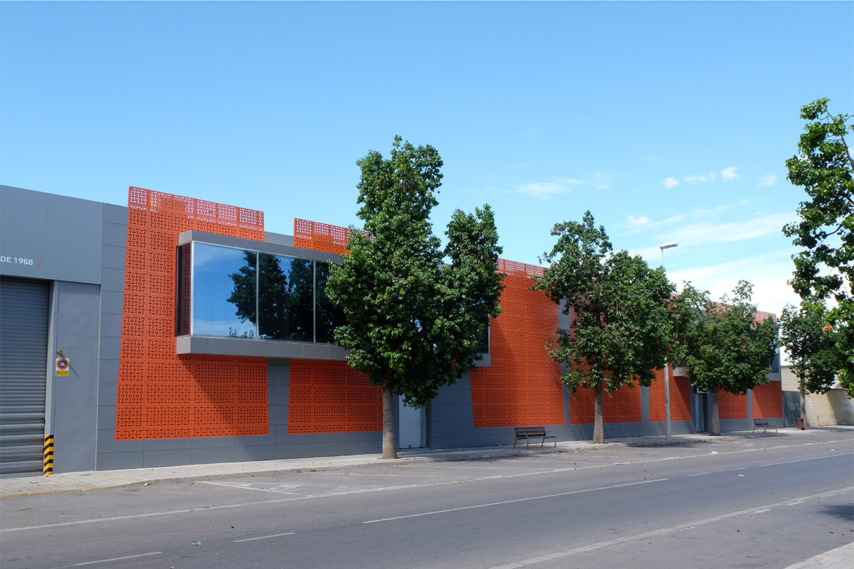 diseno-interiores-fachada-innergy-7